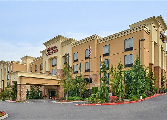 The Hampton Inn & Suites