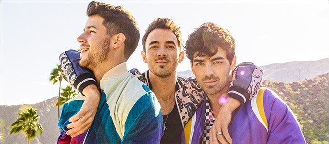 Jonas_Brothers_sea_675x295_v2.jpg